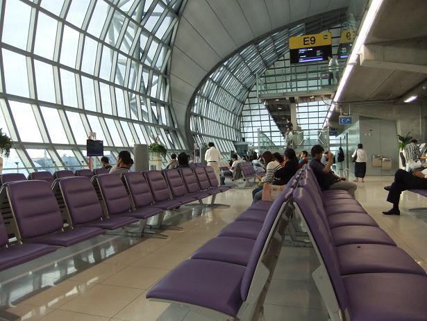 バンコクからヤンゴンへ